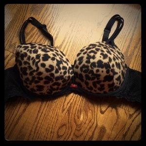 🌺 Torrid 42B gently used Leopard push up bra